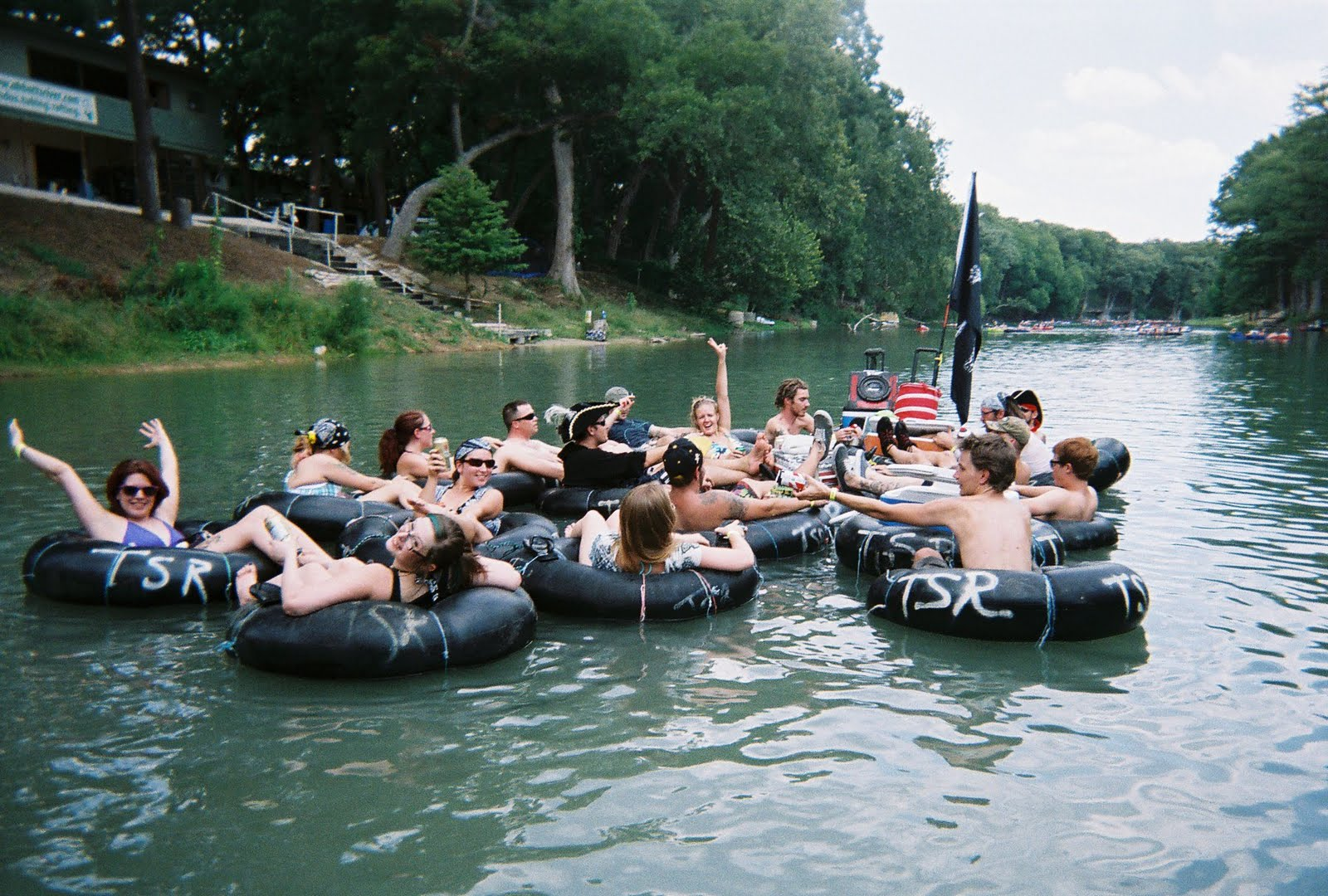 20 reason why summer tubing trips are the best shanty tube for Floating the guadalupe river cabins